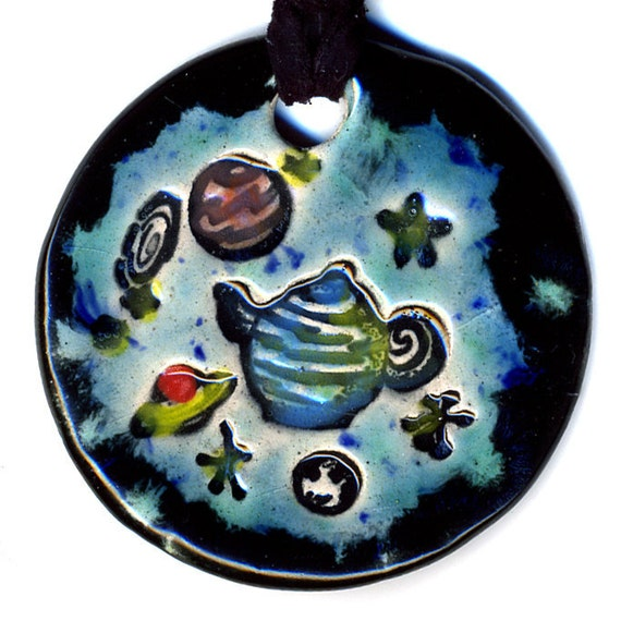 Russells Teapot Ceramic Necklace in Black and Blue