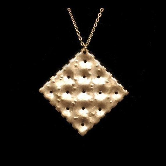 Golden Saltine Necklace