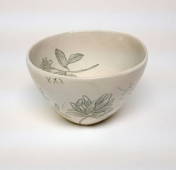 Leaf Green Inlay Porcelain Bowl With Clover