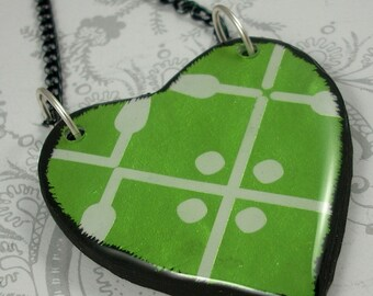 Metallic Green Heart Pendant Necklace