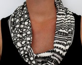 Organic Cotton Knit Scarf - Geo