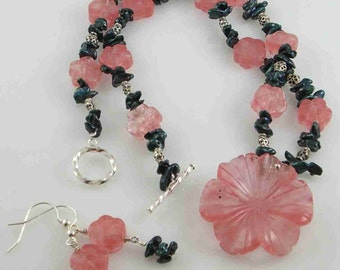 Cherry Quartz and Green Kashi Pearl Necklace