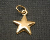 2 pcs - 14k Gold Filled Star Charm  9mm