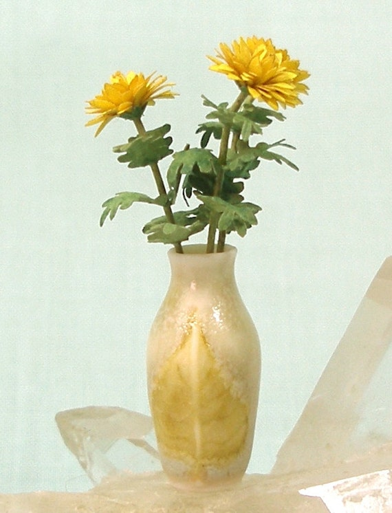 Porcelain Vase with Aspen Leaf and Yellow Mum in Dollhouse Scale