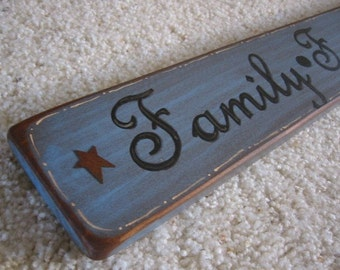 Housewarming gift, Wedding Gift, New Home Gift, Mother's Day Gift, Primitive Wood Sign - Family  Faith  Friends Handpainted Phrase Wood Sign