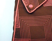 Purse In Brown and Pink RetroStyle