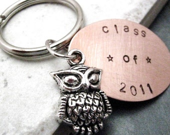 Class of 2017 Keychain, Graduation Keychain, Graduation Owl, Graduation gift, gift for the graduate, senior gifts, optional initial disc
