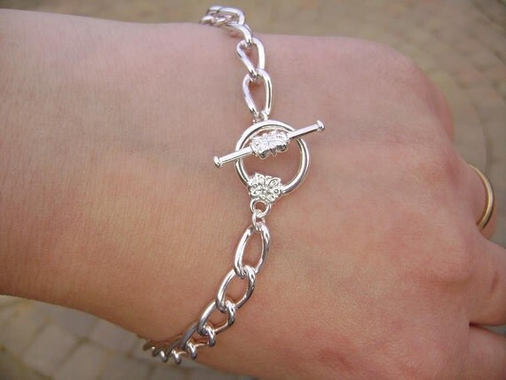 Bracelet for Her, Chain, Silver ptd Steel, Toggle Clasp with flower, any size.