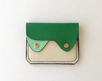 Small Leather Wallet / Coin Purse / Card Holder