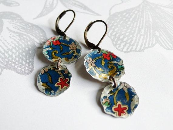 martelé - vintage tin earrings