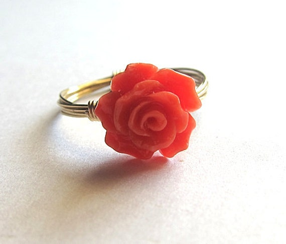 Custom Bright Red Resin Rose With Gold Wire Wrapped Ring Flower Cute Simple Elegant