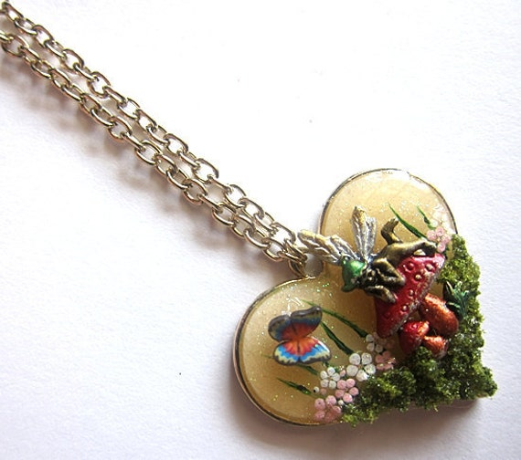Magical Mushroom Fairy Necklace V Faerie Fay Fae Faerie Realm Fantasy Nature Mystical Jewelry Pendant Simple Love Flowers Resin Statement