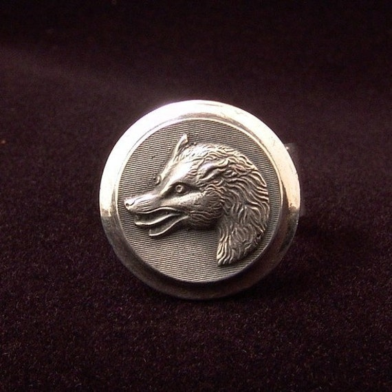 sterling silver wolf ring made from antique vintage button