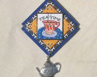 Blue and white Tea Pin with teapot charm