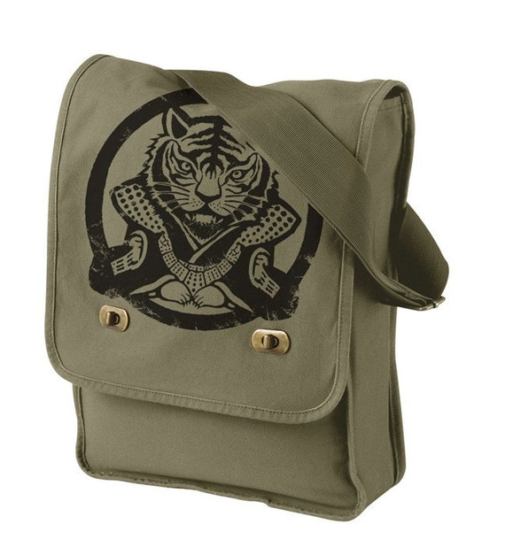 Year of tiger Canvas Field Bag (KHAKI GREEN)