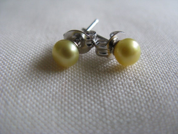 Tiny Yellow Pearl Stud Earrings