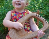 Waldorf Spring Lyre - The perfect instrument for calming babies and creating smiles