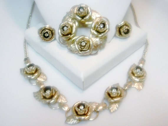 CLEARANCE--Vintage RoseBud and Rhinestone Necklace Brooch Earring Set