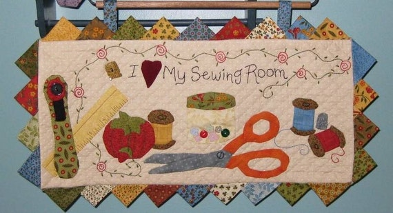 Quilted Wall Hanging i love my sewing room quilted wall hanging pattern