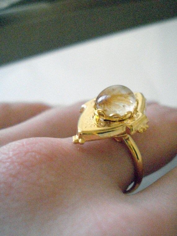 Vintage Gold Locket Ring - Onion Bloom - Antique Gold (ONLY ONE) - Poison Ring, Great for Bridesmaids, Mothers Day, Etc