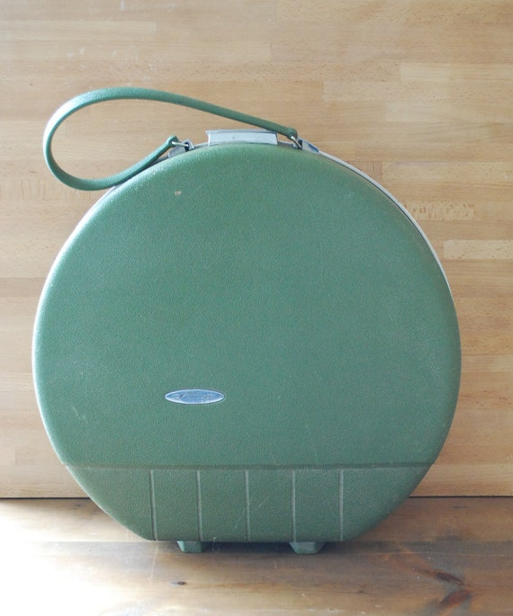 Round Vintage Suitcase   Luggage And Suitcases