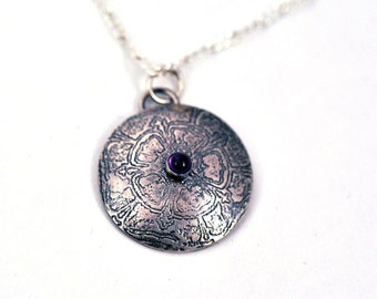 Sterling Silver Etched Circle with Amethyst