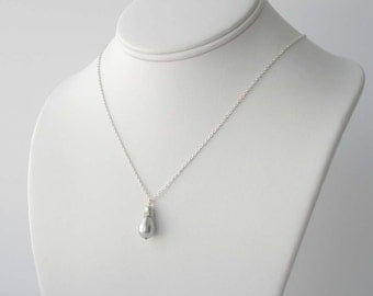 Grey Pearl Necklace, Gray Pearl Teardrop Necklace, Pearl Bridesmaid Jewelry, Wedding Party Gift, Fall Wedding, Simple Pearl Necklace