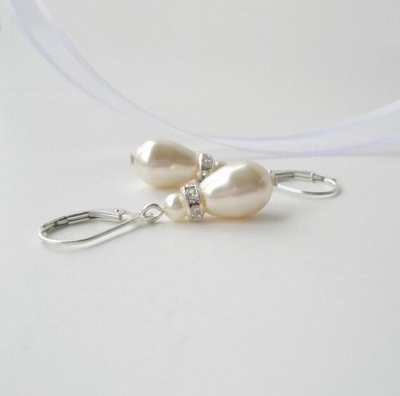 Ivory Pearl Earrings, Bridal Earrings, Pearl Teardrop Earrings, Cream Pearl, Sterling Pearl Drop Earrings, Bridesmaid Gift, Wedding Jewelry