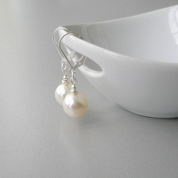 Ivory Pearl Earrings, Pearl Sterling Earrings, Pearl Bridal Earrings, Modern Jewelry, Simple Pearl Earrings, Wedding Jewelry, Cream Pearl