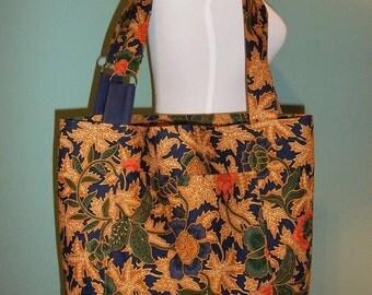 Market Batik Tote bag with criss-crossed handles