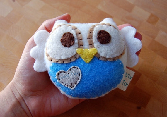 Owl Plush Toy in Ivory And Blue / Eco Friendly