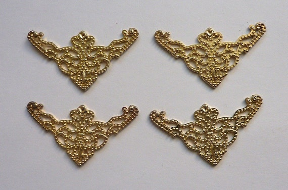 Decorative brass corners for frames or scrapbooking by