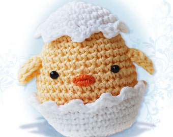 Amigurumi Crochet Chick Pattern - Easter Chick in an Egg Shell