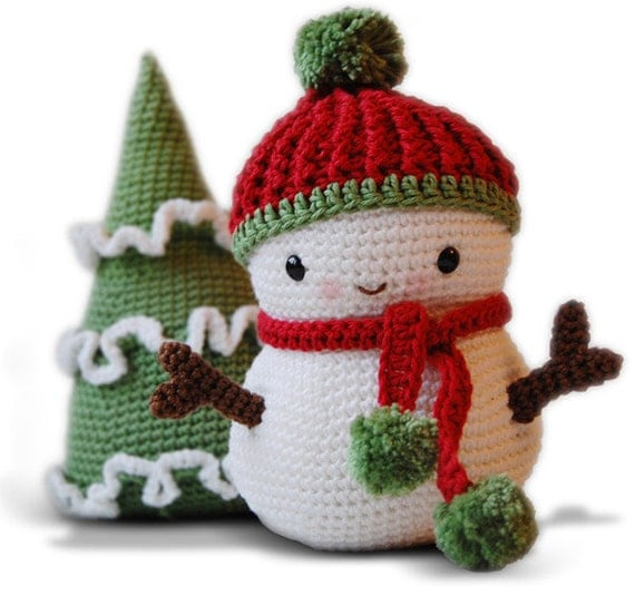 Amigurumi Crochet Snowman Pattern - Frosty the Snowman and Christmas Tree - Softie - Plush