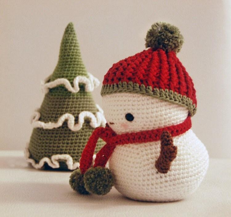 Amigurumi Christmas Tree Free Pattern : Amigurumi pattern frosty the snowman and christmas tree by