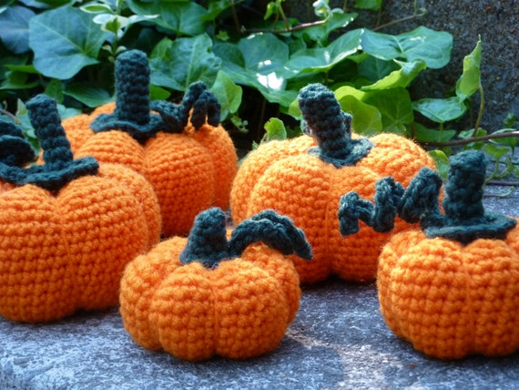 Small Crocheted Pumpkin