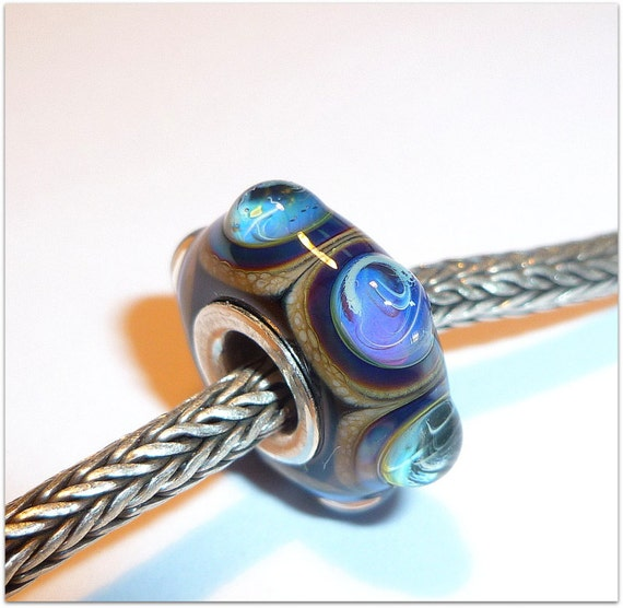 Luccicare Lampwork Bead - Circles - Lined with Sterling Silver