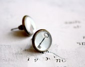 Key and Keyhole Studs -  Romantic Vintage Jewelry - Gift For Her Under 20usd