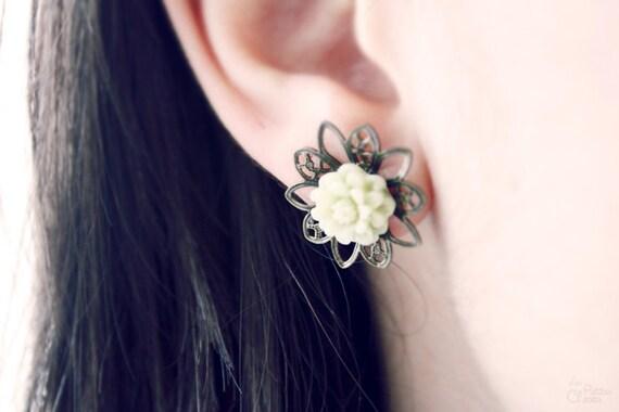 SALE - Green Tea - Flower Post Studs Earrings
