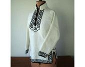 Vintage Sweater - Ladies Medium - White and Black - Size 36
