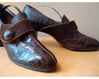 Vintage Faux Crocodile Skin  Pumps - Size 7aa - By Nisley Flex Ray