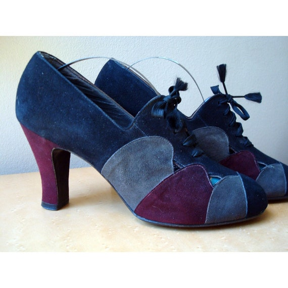 Vintage Suede Shoes From 1930 to 1940 - Size 6 - Paris Fashion Shoes by Fifth Avenue Styles