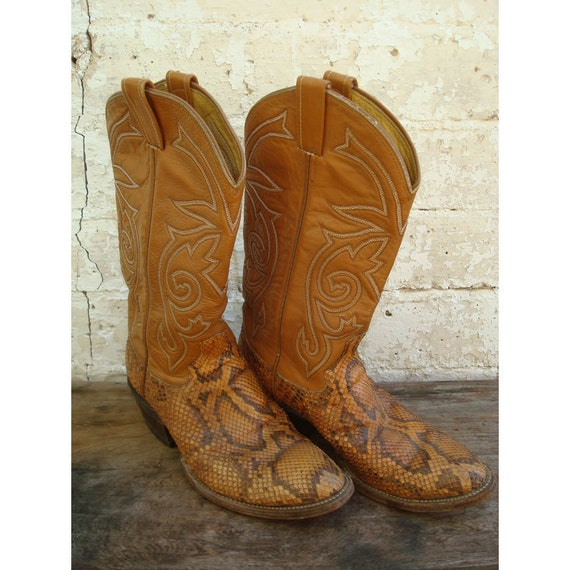 Cowboy Western Boots Size 8 1/2 - Faux Snake Skin