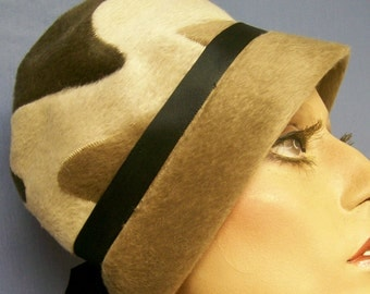 Vintage 60s Very MOD Coffee and Cream Waves, Faux Fur Hat, size small