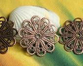 Closeout Antique copper flower wrap dangle drop 23mm in diameter, 12 pcs (item ID ACFF23)