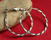 Closeout SALE Silver plated fancy circular hoop 28mm in diameter, one pair (item ID SPFHTW)