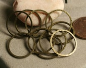 Hand hammered antique brass O ring link connector aprox 18mm, 16 pcs (aprox 0.7 inch) in diameter (item ID ABFA00009K /HMABCL18m)