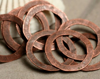 Hand hammered antique copper O ring aprox 20mm, 8 pcs (item ID XW01409K)