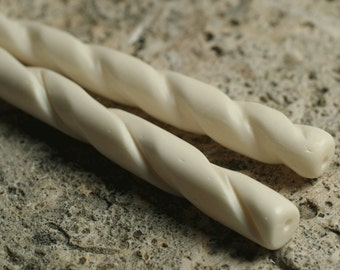 Hair stick, white bone with carved twist design, 4-1/2 inches long, one piece (item ID F4285FN)
