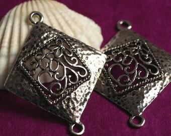 Antique silver flower dangle/link connector 24x24mm, 8 pcs (item ID YDAS24833D)